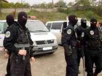 Percheziţii la adresele mai multor hoţi de maşini din Maramureş