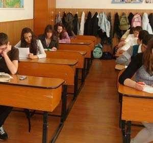 Subiectele de la proba de limba romana a Evaluarii Nationale, pe placul candidatilor, dar si al profesorilor