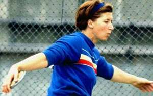 25 aprilie: 1932: Se naște Lia Manoliu, campioană Olimpică la aruncarea discului