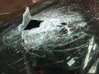 A distrus parbrizul unui autoturism din răzbunare