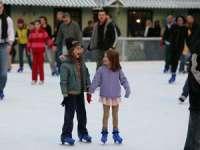 Acces gratuit pentru copii la patinoarul din Centru Vechi al municipiului Baia Mare