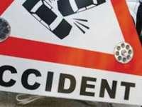 ACCIDENT: A pierdut controlul volanului şi a intrat într-un imobil