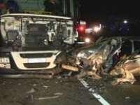 ACCIDENT: Beat la volan, a pătruns pe contrasens şi a intrat în coliziune cu un autotractor