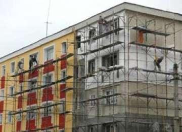 ACCIDENT DE MUNCĂ - Barbat prins sub o schelă la Sighet