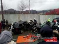 ACCIDENT FOARTE GRAV în BAIA MARE - Un mort și 7 răniți după un impact între două mașini