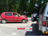 Accident grav cu doi răniți pe DN 1C, la intersecția spre Hideaga