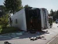 ACCIDENT GRAV - Șase persoane au fost rănite grav după ce un autocar cu muncitoare sezoniere românce s-a răsturnat în Germania