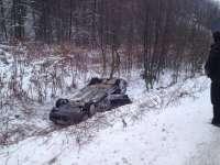 ACCIDENT în Pasul Gutâi: Un șofer s-a dat peste cap cu autoturismul