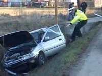 Accident: Un maramureşean a ajuns la spital după ce a adormit la volan şi a intrat cu maşina în şanţ
