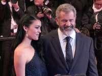 Actorul Mel Gibson va deveni, la 60 de ani, tatăl celui de-al 9-lea său copil
