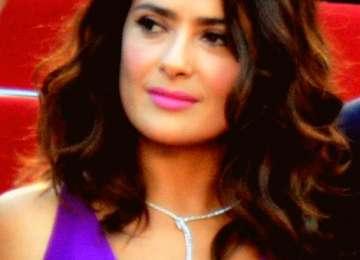 Actrița Salma Hayek, amenințată cu moartea