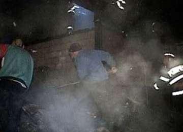 ACTUALIZARE - Casă lovită de trăsnet pe strada Bisericii din satul Mara