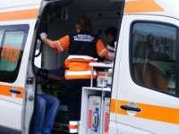 Adolescent accidentat de un autoturism în timp ce traversa strada neregulamentar