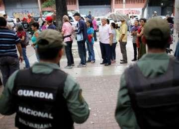 ALEGERI: Venezuela - Tabăra lui Maduro a învins în 17 state din 23