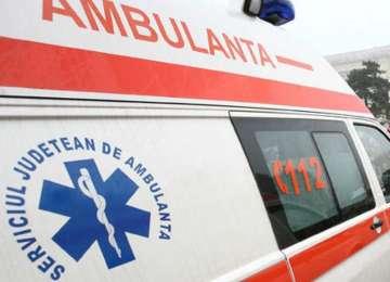 ALERTĂ la o şcoală din Brăila. 13 elevi duşi de urgenţă la spital, după ce au băut la şcoală apă cu antigel!