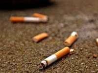 Amendă record pentru un fumător care a aruncat mucuri de țigări pe fereastră