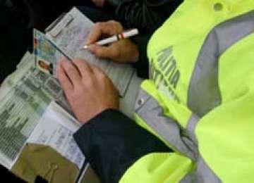 Amenzi, permise suspendate și dosare penale pentru conducere fără permis, întocmite de polițiștii maramureșeni