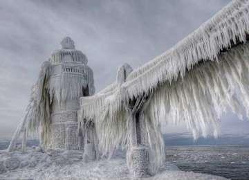 Americanii înfruntă vreme ca la Polul Nord