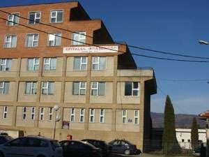 Anchetă la Spitalul Vişeu de Sus, în urma decesului băieţelului în vârstă de trei ani. Trupul copilului a fost deshumat la solicitarea procurorilor