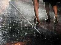 ANM: Cod Galben de ploi şi vijelii în majoritatea regiunilor țării, de joi, de la ora 18,00, până vineri seara