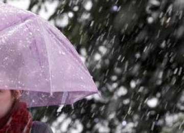 ANM: Ploi, lapoviţă şi ninsoare în Maramureş, de luni seară