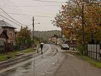 Apă, canalizare şi asfalt pe vechiul Drum al sării din Rona de Sus