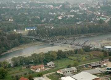 Aproximativ 10 milioane de lei alocaţi în bugetul CNADNR pentru reproiectarea podului peste Tisa