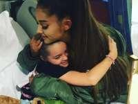 Ariana Grande i-a vizitat în spital pe fanii răniți în timpul atentatului de la Manchester