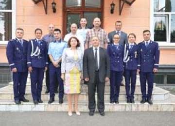 """Şase absolvenţi ai Academiei de Poliţie ,,Alexandru Ioan Cuza"""" Bucureşti au început astăzi activitatea la I.P.J. Maramureş"""