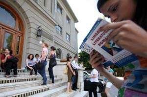 Astăzi a fost susţiunută proba scrisă la Limba şi literatura română, din cadrul Bacalaureatului special 2013