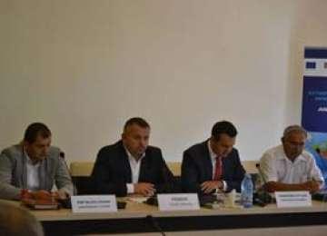 Astăzi, la Primăria Sighetu Marmației, a fost semnat contractul de lucrări în cadrul proiectului de extindere și de reabilitare a rețelelor de apă și canalizare