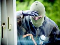 ATENȚIE CUI DESCHIDEȚI UȘA - Maramureșeancă atacată de persoane necunoscute, în propria locuință