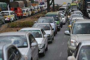 Atenţie, şoferi! Preţul rovinietei va creşte cu până la 66%. Care sunt noile tarife