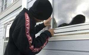 Autor al unui furt din cartierul IAPA, identificat de poliţiştii sigheteni