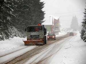 Autorităţile maramureşene se pregătesc pentru prima ninsoare