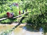 Autorităţile promit construcţia unui pod la Bârsana