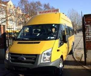 Autovehiculele destinate transportului şcolar au fost verificate de poliţişti