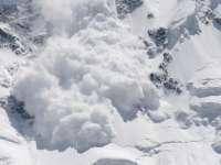 Avalanșă în Retezat; se pare că doi copii ar fi murit