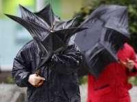 AVERTIZARE METEO -  Precipitații, vânt și brumă, de duminică, ora 3:00, până luni, ora 10:00, în toată țara