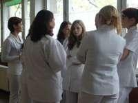 Bacteriile intraspitalicești se pot răspândi prin halatele asistentelor