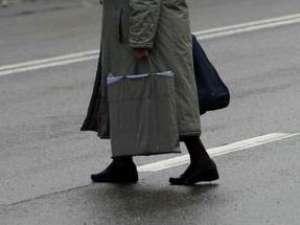 BAIA MARE: 17 pietoni sancționați de polișiști pentru traversare prin loc nepermis