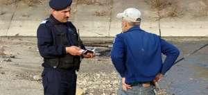 BAIA MARE: Cetăţean turmentat sancţionat de jandarmi pentru adresare de injurii, consum de băuturi alcoolice în locuri publice şi refuz de a oferi detalii privind stabilirea identităţii