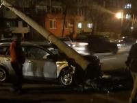 BAIA MARE - Doi răniți pe trecerea pentru pietoni de o mașină, care ulterior a doborât un stâlp