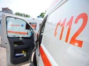 BAIA MARE: Microbus plin cu copii cu handicap, lovit de un TIR