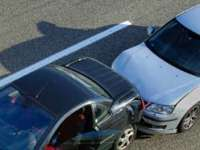 BAIA MARE: Nu a păstrat distanţa de siguranţă şi a provocat un accident