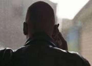 BAIA MARE: Patru suspecţi de şantaj, prinşi în flagrant de poliţişti
