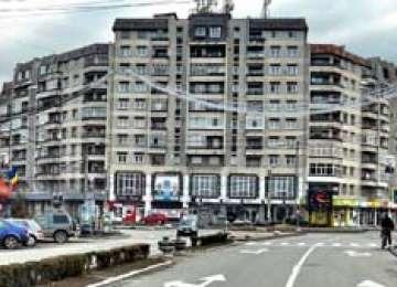 Băncile din Maramureş scot la licitaţie zeci de apartamente şi case executate silit