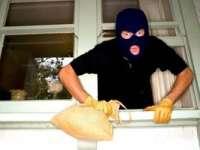 Bărbat recidivist reţinut pentru comiterea mai multor furturi din locuinţe