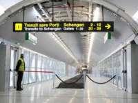 Băsescu: Îmi doresc ca în al zecelea an al mandatului meu România să intre în Schengen măcar cu aeroporturile