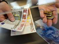 BNR: Impactul conversiei creditelor în franci elvețieni la cursul istoric va fi de 2,4 miliarde lei